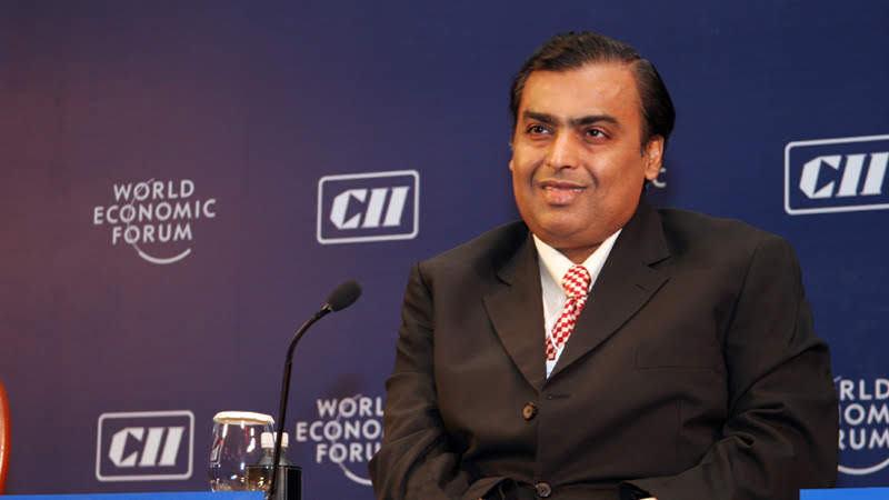 mukesh ambani earned nearl about rs 22000 crore in a single day