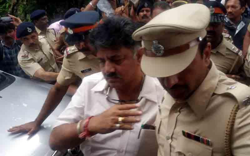 Karnataka MLAs Fear State Bosses Will Storm Mumbai Hotel