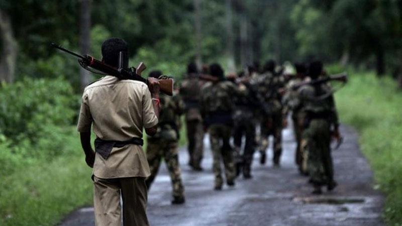 encounter gadhchiroli between naxals and police force