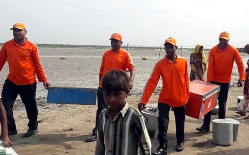 Vayu Cyclone Gujarat NDRF SRP BSG SDRF Working hard