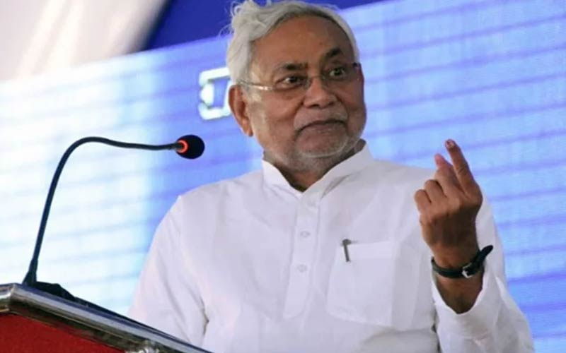 nitish kumar will visit skmch hospital today after death of children reaches