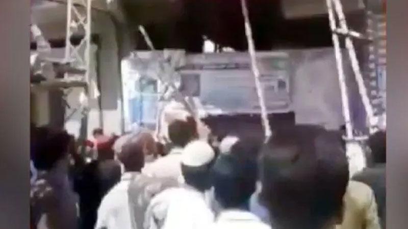 pakistan mob attacked over hindu teacher sindh ghotki blasphemy incident