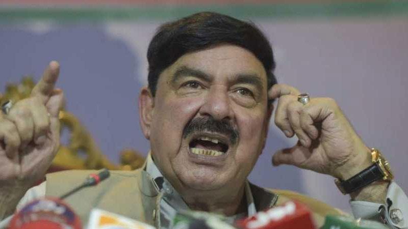 Pakistan rail minister sheikh rasheed ahmad troll Pakistan train fire