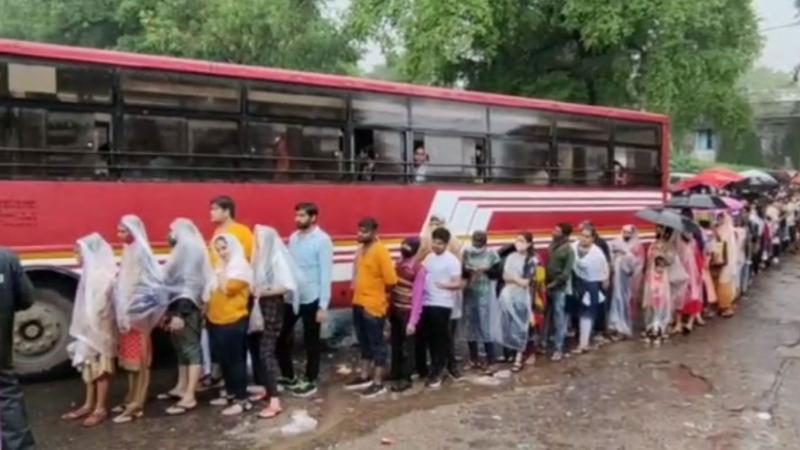 More than 1 lakh devotees arrived at Pavagadh of Panchmahal