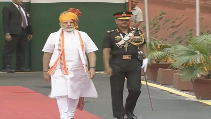 PM Modi wear jodhpuri pagadi and khadi kurta on 73rd Independence day 2019