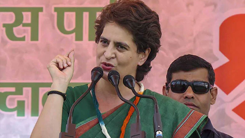 priyanka gandhi attacks on up government entire administration saving chinmayanand