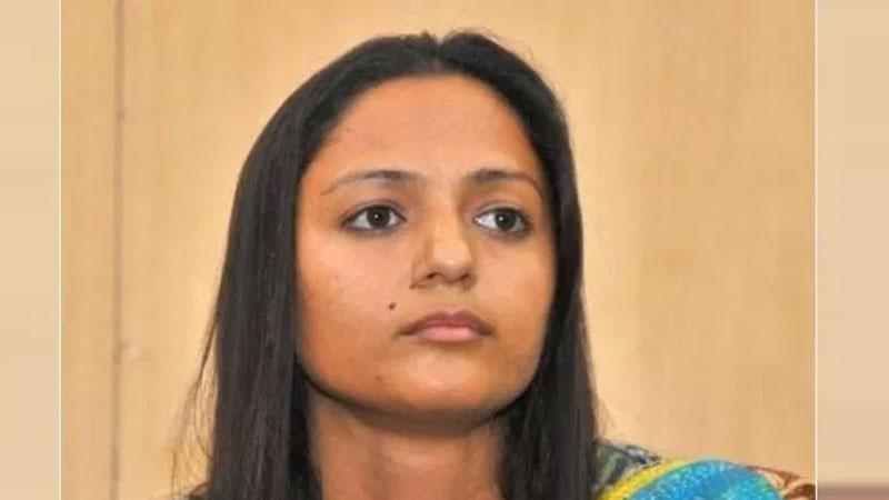 Shehla Rashid Tweet on jammu kashmir issue