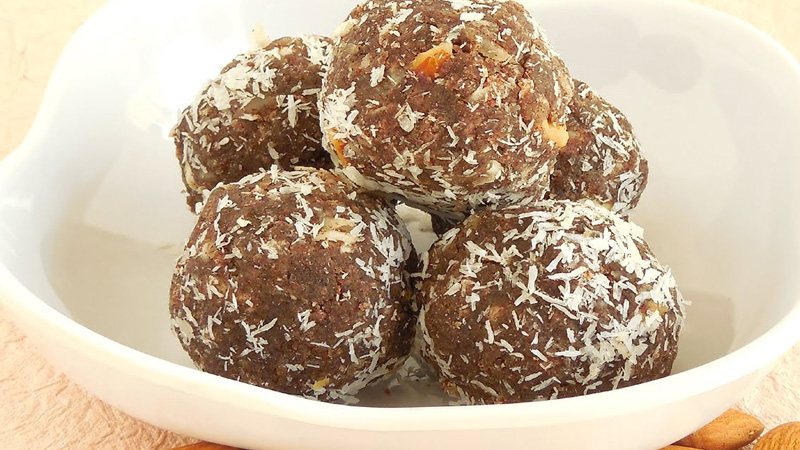 indian tasty and healthy ragi ladoo recipe ingredients and method