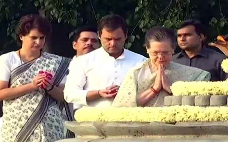 Gandhi Family Pay Tribute To Former PM Rajiv Gandhi On His Death Anniversary At Veer Bhumi