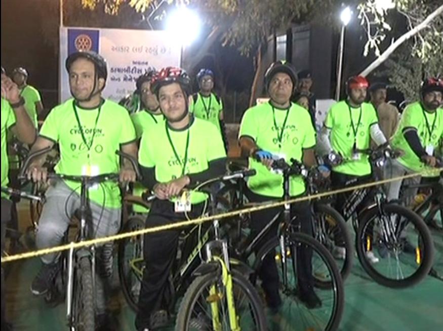 'સ્વચ્છ રાજકોટ  હરિયામણું રાજકોટ'ના સંકલ્પની સાથે સાઇક્લોથોન યોજાઇ  1400 લોકોએ લીધો ભાગ