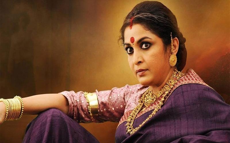 કરોડોની સંપત્તિની માલિક છે 'બાહુબલી'ની 'રાજમાતા'  શ્રીદેવીને રિજેક્ટ કર્યા પછી મળ્યો રોલ