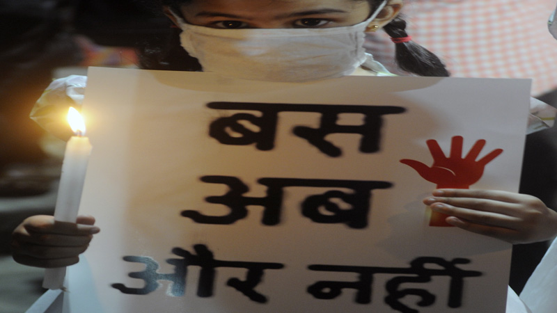 story maharashtra 13 year old girl gangraped in nashik 7 held including one minor