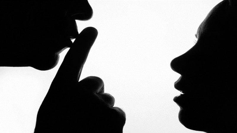 Valsad Shocker Father Rapes Daughter pardi police station