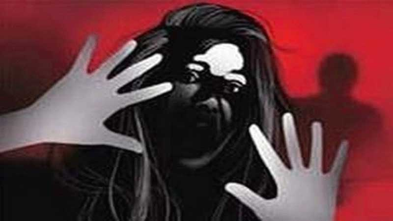 Rape of a young woman in Vadodara; Sensation from complaint against two including the chief trustee of Pavagadh temple