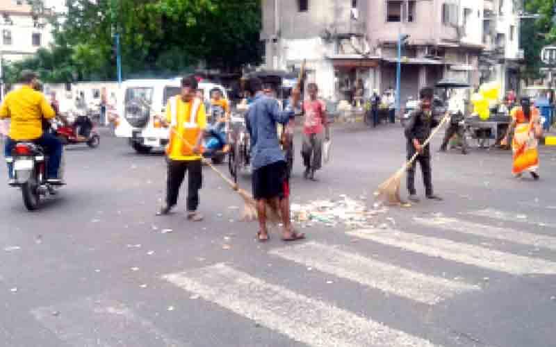 Rath Yatra 2019 Garbage on Road AMC