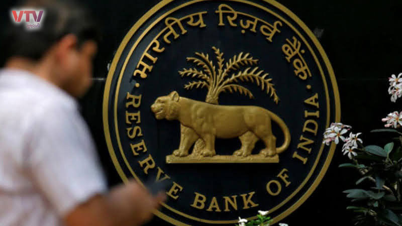 rbi restricts withdrawals from independence co operative bank nashik