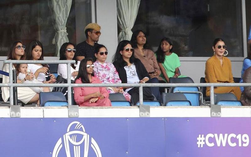 rohit sharma wife ritika sajdeh virat kohli wife anushka sharma icc cricket world cup india vs sri lanka
