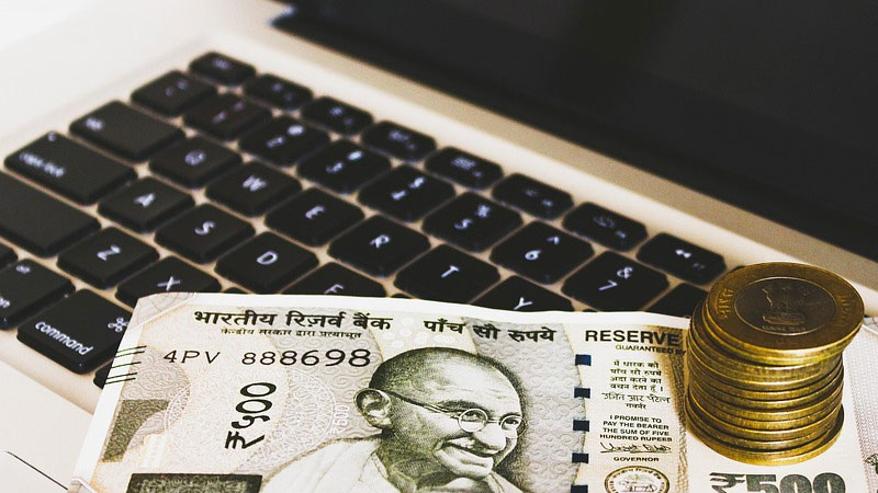 central government employees and pensioners dearness allowance will increase 4 percent
