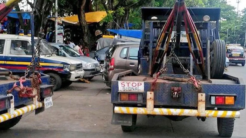Three youths say 'you are towing vehicles' at a time ...