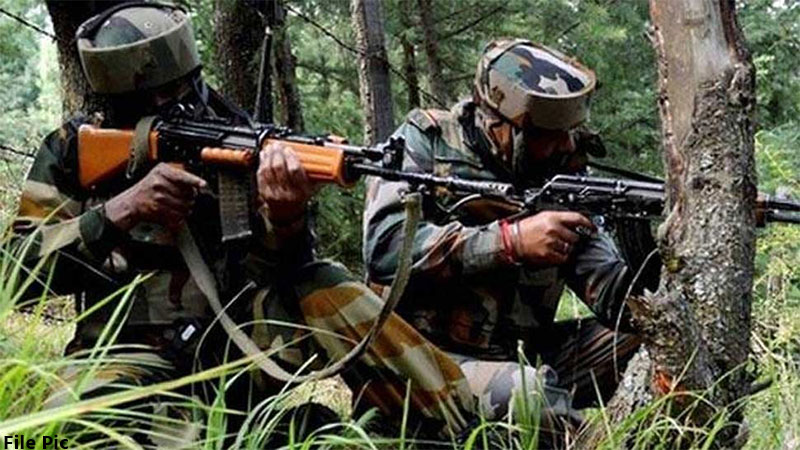 Four pakistan army soldiers killed by indian army soldiers near loc jammu kashmir