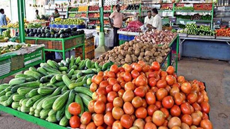 what is the rate of tomato in delhi mumbai noida gurugram tomato prices touch rs 100 in malda as supply crunch