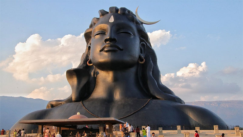 month of worship and worship of Shiva is the month of Shravan