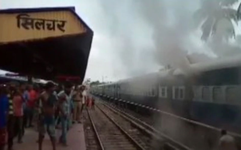 fire broke out in 3 coaches of silchar trivandrum express