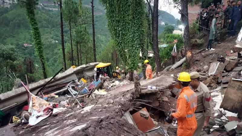 Six Soldiers Among 7 Dead in Himachal Building Collapse