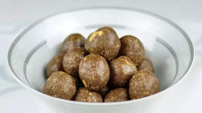 Know how to make winter special south laddu recipe