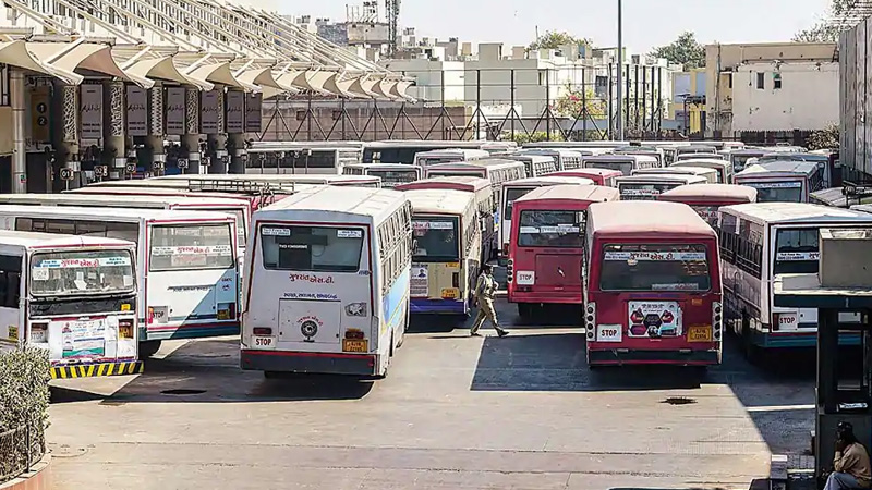 st bus will not run on surat route for more seven days