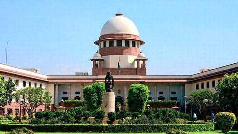 the supreme court said delhi police should take a decision on the farmers tractor rally
