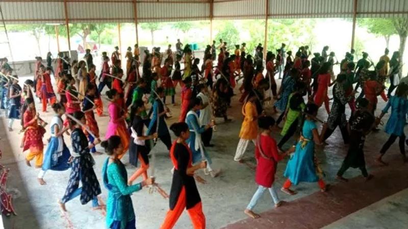 Two thousand Kshatriya womans Gujarat Swords world record