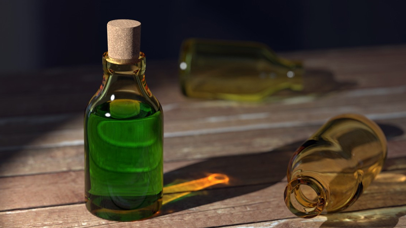 best benefits and uses of tea tree essential oil