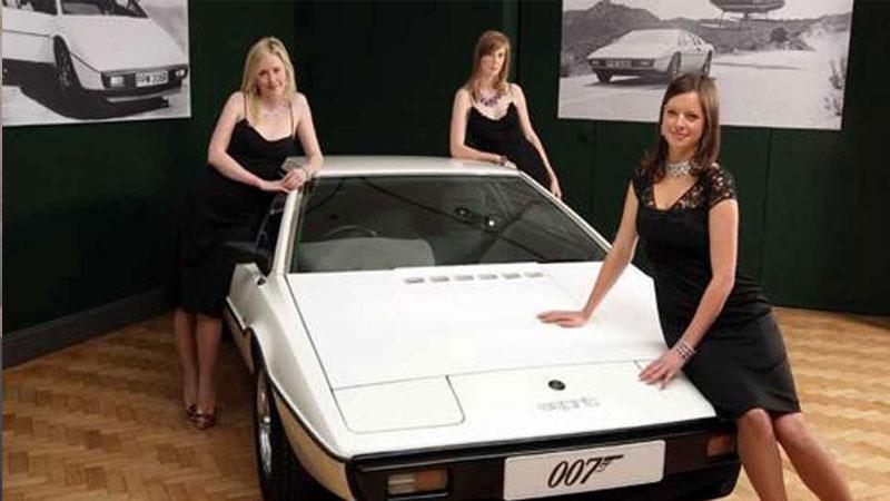 couple james bond movie car sold elon musk cybertruck