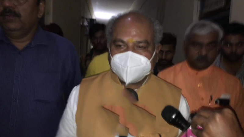 I urge farmers to adopt the path of discussion by leaving the path of protests-Narendra Singh Tomar