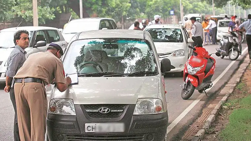 With this 7 reason traffic police can cut the challan of your car, know the rules