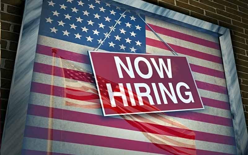 બે દાયકા બાદ અમેરિકામાં બમ્પર નોકરીએ બનાવ્યો રેકોર્ડ
