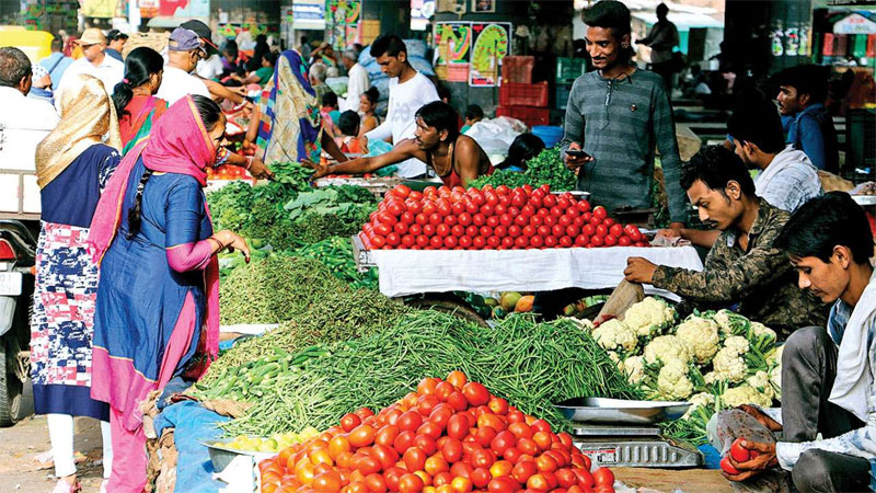 Vegetable rate in Gujarat is high because of monsoon 2019 rain