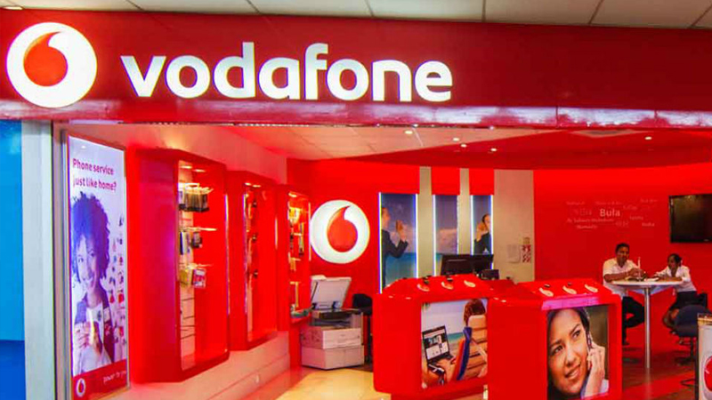 Vodafone 199 rupees recharge plan daily 1GB data unlimited calling for 24 days