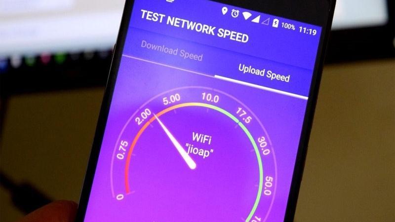 સ્માર્ટફોનમાં ચાલે છે સ્લો ઇન્ટરનેટ  આ TRICKથી મદદથી વધારો સ્પીડ