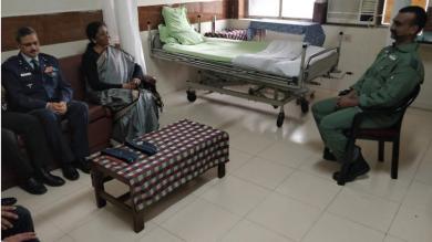 રક્ષા મંત્રી નિર્મલા સીતારમણે વિંગ કમાન્ડર અભિનંદનની હોસ્પિટલમાં મુલાકાત કરી