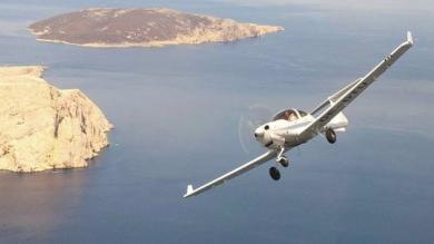 આ શું! બેહોશ પાયલટની સાથે 40 મીનિટ ઊડતું રહ્યું વિમાન