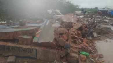 મોરબીમાં ભારે વરસાદથી ઝૂંપડાઓ પર દિવાલ પડતા 8 લોકોના મોત